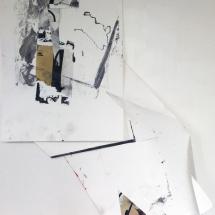 Fracas cubique, 114x80x35cm, installation de peintures