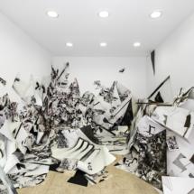 vue PHOTO - art - installation - picture - kunst - studio - art contemporain - noir et blanc - peinture - dessin - espace - détail