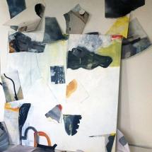 Surfaces libres, dimensions variables, installations fragments de peintures et toile 120x120cm