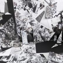 Vue exposition - PHOTO - art - installation - picture - kunst - studio - art contemporain - noir et blanc - peinture - dessin - espace